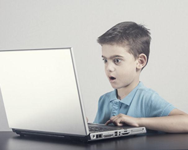 A biztonságos internethasználat oktatását nem lehet elég korán elkezdeni